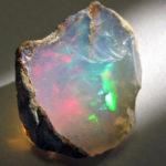 """オパール ~あたたかなエネルギーで人の創造性を助ける""""幸福""""の石"""